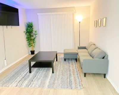 Clean Luxury 2brm Apartment with Balcony., marietta, GA