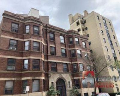 1816 East Kane Place #5, Milwaukee, WI 53202 4 Bedroom Apartment