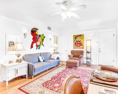 Downtown Duplex with High-Speed WiFi and Central AC - Snowbird-Friendly! - Downtown Phoenix