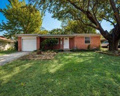 4008 Lakewood Dr, Lake Worth, TX 76135 4 Bedroom House