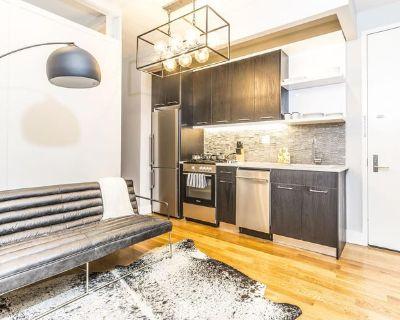 Sleek East Williamsburg apartment with backyard