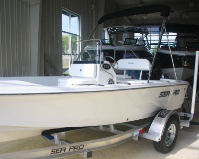 2022 Sea Pro 172 Bay Series