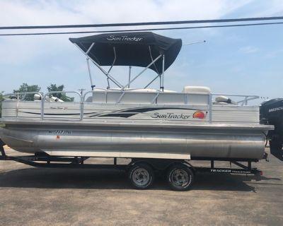2008 21' Tracker fishing pontoon/ 90hp Mercury & trailer