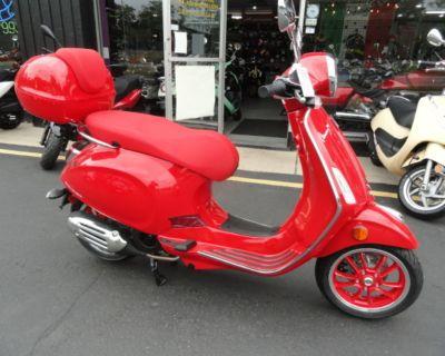 2021 Vespa Primavera 150 (Red)