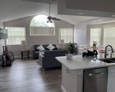 Spectacular Luxury Renovated Apartment Close Disney - Kissimmee