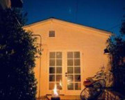 Valle Vista Dr, Los Angeles, CA 90065 Studio Apartment