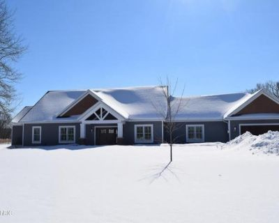 Home For Rent In Fremont, Michigan