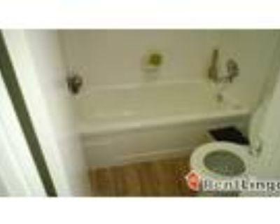 1 bedroom 311 N 12th St