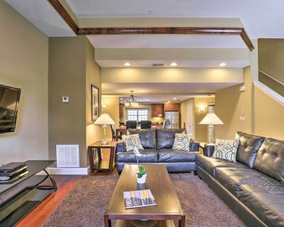 New! Townhome Min to Theme Parks, Golf, Shopping! - Orlando