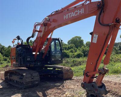 2019 HITACHI ZX245US LC-6N