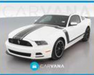 2013 Ford Mustang White, 2782 miles