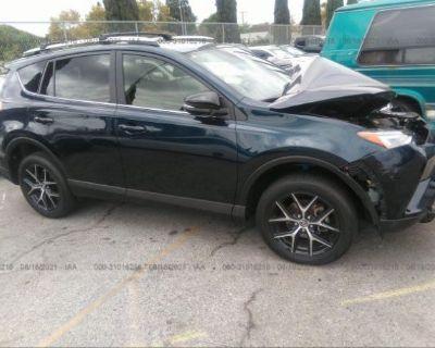 Salvage Dark Blue 2018 Toyota Rav4
