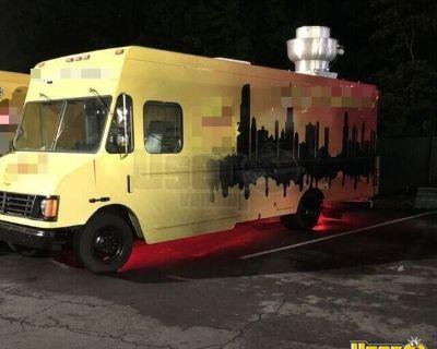 Fully-Loaded 2000 Chevrolet P-30 35' Step Van Kitchen Food Truck