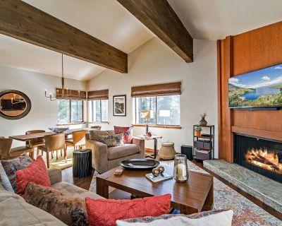 Lake Tahoe Townhome   Walking Distance to the Hyatt Regency Resort - Incline Village