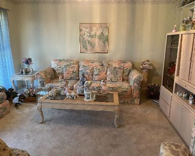 1807 Viewridge Estate Sale