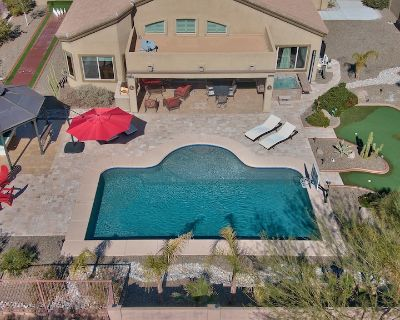 Affordable Luxury Oasis Home,Large Pool,Putting Green,Bowling,Firepit,Pool Table - Mesa