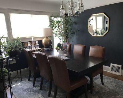 Beautiful Luxury Home of Shorewood - Shorewood