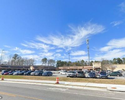 Spalding Corners Retail Space For Lease