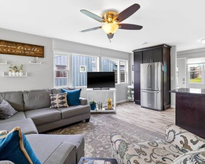 NEW! Bright + Updated Getaway w/ Furnished Patio! - Bay View