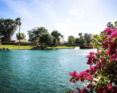 Golf, Tennis and Pools are OPEN! Close to the pool :-) - Palm Desert