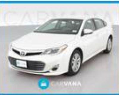 2014 Toyota Avalon White, 99K miles