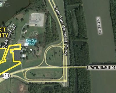 Land Available For Sale E. 70th at Clyde Fant Parkway