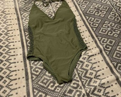 Hollister one piece swimming suit