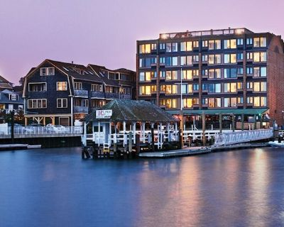 Wyndham Inn on the Habor - Beautiful 1 br suites for labor day weekend - Yachting Village