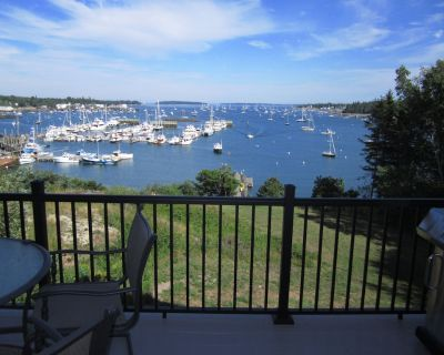Hot Tub! Gorgeous Waterfront on Harbor with Private Dock - Manset