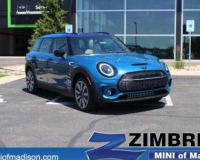 2022 MINI Clubman Cooper S