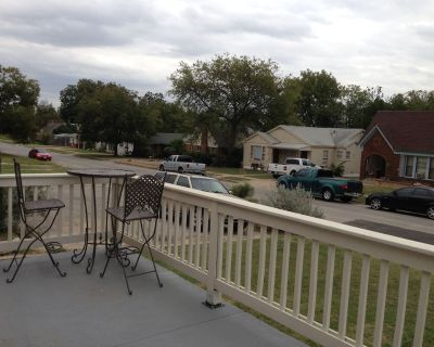 Large Pet Friendly House Walking Distance To Will Rodgers Stadium/ Arena - Fort Worth Cultural District