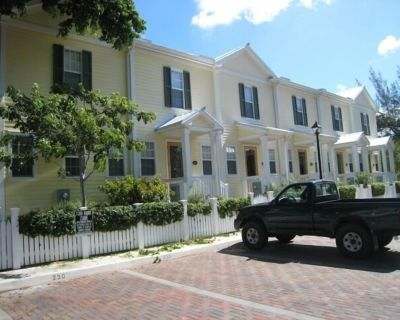 30 night Minimum Stay Heart of Historic downtown 238 2 bed 2 1/2 Bath - Old Town Key West