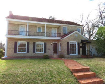 3801 Mattison Ave A, Fort Worth, TX 76107