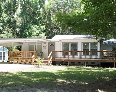 3BR~Close to Water+Heart of CRiver Manatees Golf Fish Beach Food - Crystal River