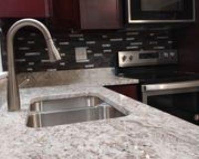 Western Avenue, Glen Ellyn, IL 60137 2 Bedroom Apartment