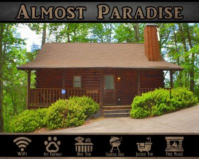 Almost Paradise } Wifi / Hot Tub / Pet Friendly / Right off Pigeon Forge Parkway - Pigeon Forge