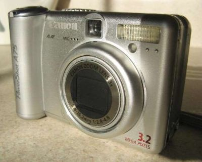 Canon Power Shot A75 3.2 MP Digital Camera With Memory Card