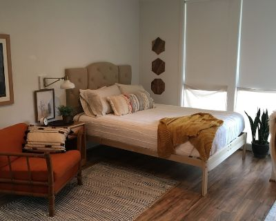 Newly Renovated Dreamy Boho With Bay View - Daphne