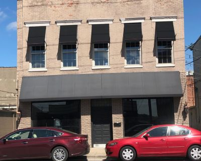 Store Front Retail Downtown New Albany For Lease