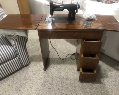 Vintage White Rotary Sewing Machine Table Series 77