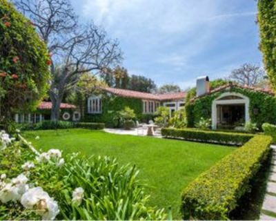 906 N Roxbury Dr, Beverly Hills, CA 90210 6 Bedroom Apartment