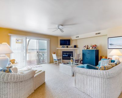 Salt Pond Townhouse w/ gas Grill and Community Pool, Tennis & On-site Golf! - Bethany Beach