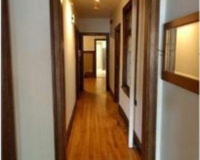 54 1-54 Donald Street, Winnipeg, MB R3C 1L6 3 Bedroom Apartment