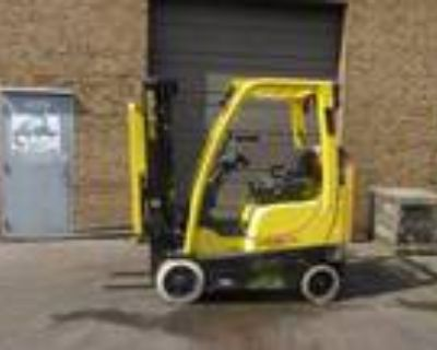 2012 LP Gas Hyster S30FT Cushion Tire 4 Wheel Sit Down Indoor Warehouse