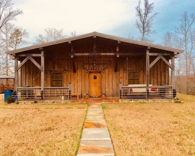 Moonlight Country Cabin, Secluded, Brand New - Redfield