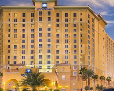 Why Worry? Book Wyndham Grand Desert - 4 to 14 nts-arrive now thru arrive 8/27 - Paradise