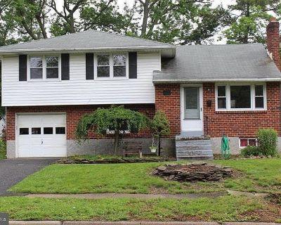 423 Roseanna Ave, Wilmington, DE 19803