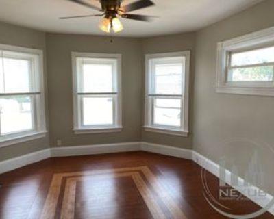 26 Pine St #A, Attleboro, MA 02703 1 Bedroom Condo