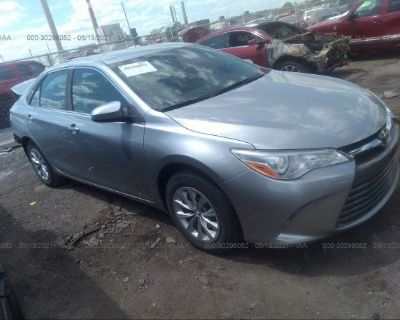 Salvage Silver 2016 Toyota Camry