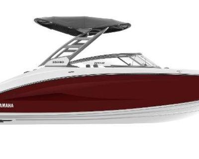2022 Yamaha Boats 252 SD